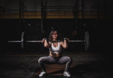 Dlaczego sportowcy potrzebują odżywek i suplementów?